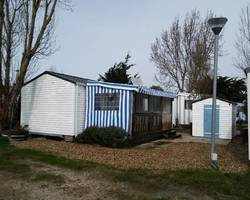 Mobil home 2 chambres sur Camping 4 étoiles